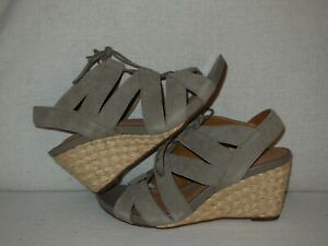 "Clarks Artisan ""Acina Chester"" Wedge Sandals Green (3 INCH) Wedge  7.5 M"