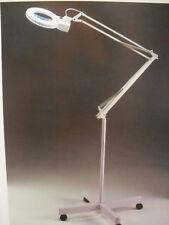 LAMPADA PROFESSIONALE A LUCE FREDDA CON 2 LENTI DA 3 E 5 DIOTRIE - NUOVA -