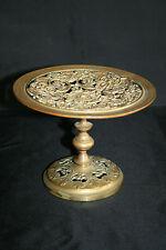 Coupe en bronze ajouré décor mythologique