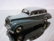 DINKY TOYS 150 ROLLS ROYCE SILVER WRAITH - GREY 1:43 - GOOD CONDITION