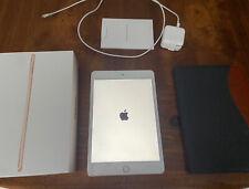 Apple iPad Mini (5th Generation) 64GB, Wi-Fi, 7.9in -Gold