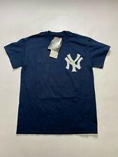 New York Yankees oficial para hombre Camiseta majestuoso (pequeño)
