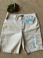 Lee Womens Size 12 Relaxed Fit Bermuda Cargo Knit Waist Shorts NWT!
