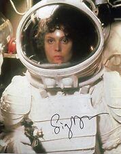 "Sigourney Weaver Signed 10X8 Photo ""Alien"" Genuine Signature AFTAL COA (7243)"