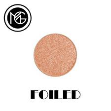 Makeup Geek Foiled Eye Shadow Pan - IN THE SPOTLIGHT - soft pink coral undertone