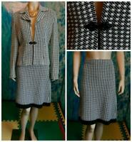 ST. JOHN COLLECTION TWEED Knits BLACK Cream JACKET Skirt L 10 2pc Suit Button
