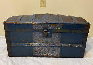 Antique Wood Tin Blue Barrel Top Trunk Turn Of The Century Humpback Tray Small