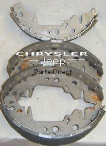 04883833AA NEW OLD STOCK Mopar OEM Rear Disc Brake Pads