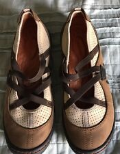 Womens PRIVO by CLARKS suede and leather  slip on shoes tan, cream, brown  8 1/2