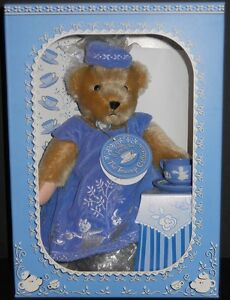 NMIB MUFFY VANDERBEAR A SPOT OF TEA THE TEACUP COLLECTION LIMITED CLUB EDITION