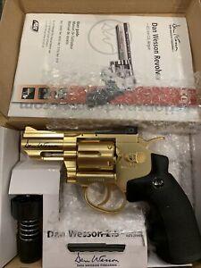 "Dan Wesson Gold 2.5"" CO2 Air Pistol"