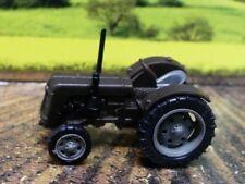 1/160 Busch Spur N Traktor Famulus braun 211006715