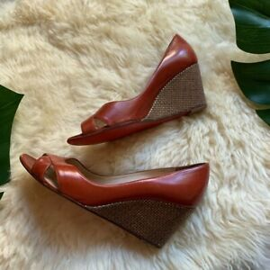 Christian Louboutin Peep Toe Cognac Leather Burlap Textured Wedges Brown Sz 6.5