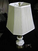 Super Clean Vintage Stiffel Mid Century Hollywood Regency Brass Enamel Lamp