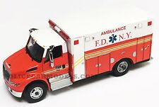 Greenlight 1/64 FDNY New York City Fire International Durastar Ambulance
