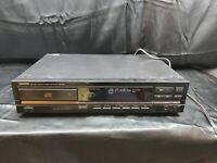 DENON PCM Audio Technology / Compact Disc Player DCD-810