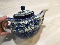 C.A. Polish Pottery  1 1/4 Qt. Teapot-Viola-NEW