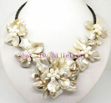 "natural white pearl & white shell pearl 5 flower pendant necklace 18"" long"