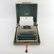 "BEAUTIFUL L.C. Smith - Corona Typewriter ""Clipper"" With Case AND KEY Works Great"
