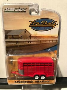 1/64 GREENLIGHT HITCH & TOW LIVESTOCK TRAILER RED TOP SHELF REPICAS RED