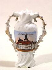 Andenkenporzellan Andenken-Vase Amphoren-Vase Uelzen Rathaus