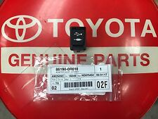 OEM Toyota Rav4 Camry Sienna + AUX USB Adapter 86190-0R010 Original Replacement