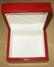 Grande scatola in legno massello per gioielli - tipo per orologio pregiato