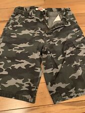"""Levi's Boys Used Cargi Shirts Size 16 Regular Cargo Camo Shorts Wast 28"""""""