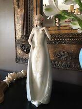 1985 Royal Doulton Figurine Reflections Series, Rare ' Debut ' Hd 3046 Uk