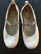 Patagonia Advocate Mary Jane Off White Ivory Elastic Ballet Flat Size 9