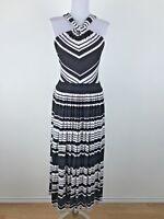 Calvin Klein Dress Sz 12 Black White Chevron Stripes Stretchy Sleeveless Halter