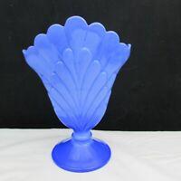 Fenton Periwinkle Blue Plume Fan Vase LE 2004
