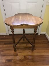 Ethan Allen Maple Brown Clover Shape Accent Side Table Vintage Nice