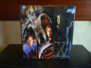 Vintage The X-Files Binder & x277 Collector Trading Cards ~ 1990s Topps