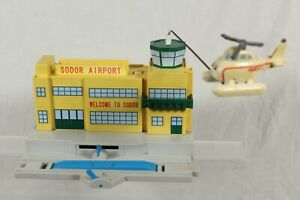 Trackmaster Thomas & Friends Sodor Airport with Flying Harold Helicopter 1998