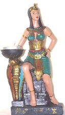 Bougeoir Cléopâtre assise sur son trône