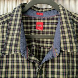 Men's 4xl Checked Short Sleeve Shirt Black and white.
