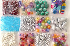 12  Packs of assorted plastic/acrylic beads good mix for making bracelet 12bs007