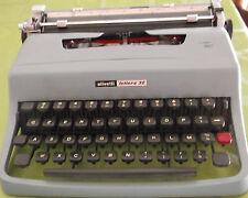 macchina da scrivere Olivetti Lettera 32