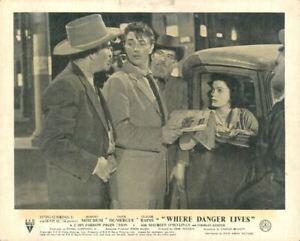 Where Danger Lives Original Lobby Card Robert Mitchum Faith Domergue car classic