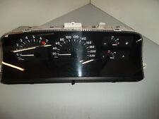 Opel Omega B Tacho Cockpit Kombiinstrument 90213468 90213916PB 127.141km