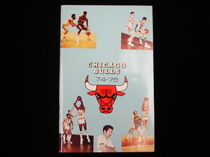 1974-75 Chicago Bulls NBA Basketball Yearbook