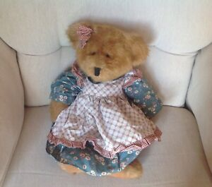 """RUSS Traditional Girl Mulberry Teddy Bear Soft Plush Toy 15"""" Tall Excellent"""