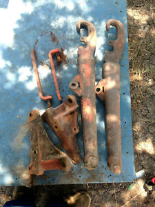Case 400, 401, 411 Tractor Lift Arms