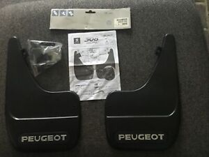 Genuine Peugeot 308, 09-2013 Rear Mud Flap Set And Fixings 9603.R8 New NOS