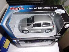 MAISTO 1/43 RENAULT SPORT CLIO V6 GRIS MOTORIZADO NUEVO EN CAJA