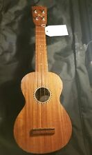 LUNA SOPRANO UKULELE MADE IN JAPAN VERY GOOD CONDITION. GREAT ACTION.