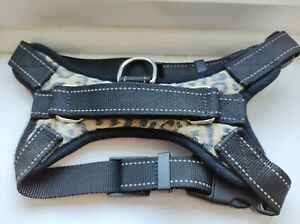 Dog harness leopard print adjustable size S for small dog or puppy used