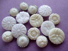 PRETTY VINTAGE GLASS BUTTONS WHITE & CREAM FLOWERS FLORALS 15 pcs.