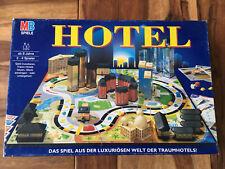 MB Spiele: Hotel, blaue Edition! Vollständig mit beiden Laternen